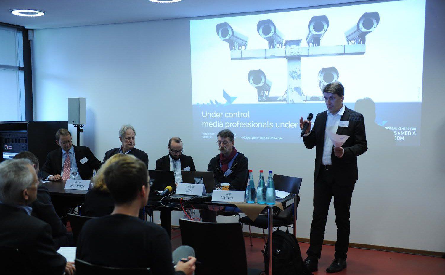 """""""Überwachung von Journalisten"""", Podiumsdiskussion auf dem Europäischen Medienfreiheits-Kongress 2015 (c) ECPMF"""